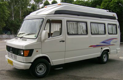 Harmony-Luxury-Tempo-Traveller